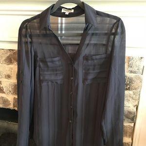 Express shear Grey blouse
